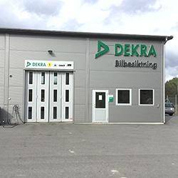 DEKRA-Norrtälje-bilbesiktning-bilprovning