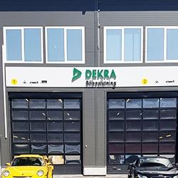 DEKRA-Södertälje-bilbesiktning-bilprovning